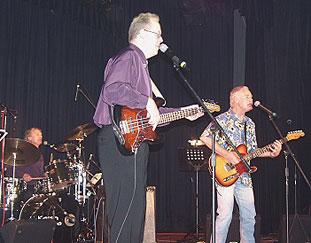 Leon, Bob & Mick onstage