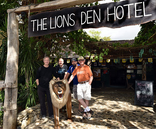 The band in front of the Lion's Den Hotel